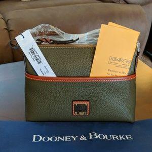 NWT Dooney & Bourke Ginger Crossbody Pouchette